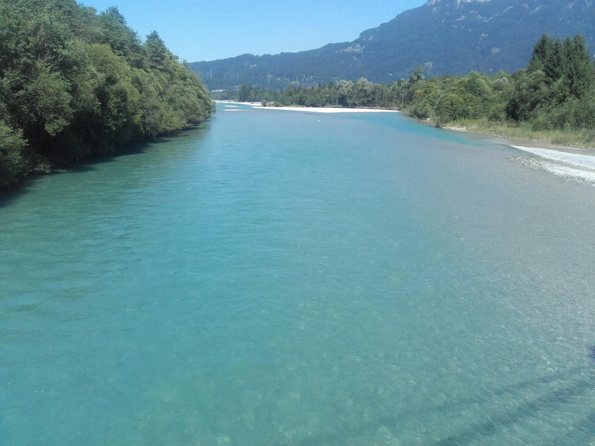 Lech_Fluss_Wasser_Reutte_Sommer
